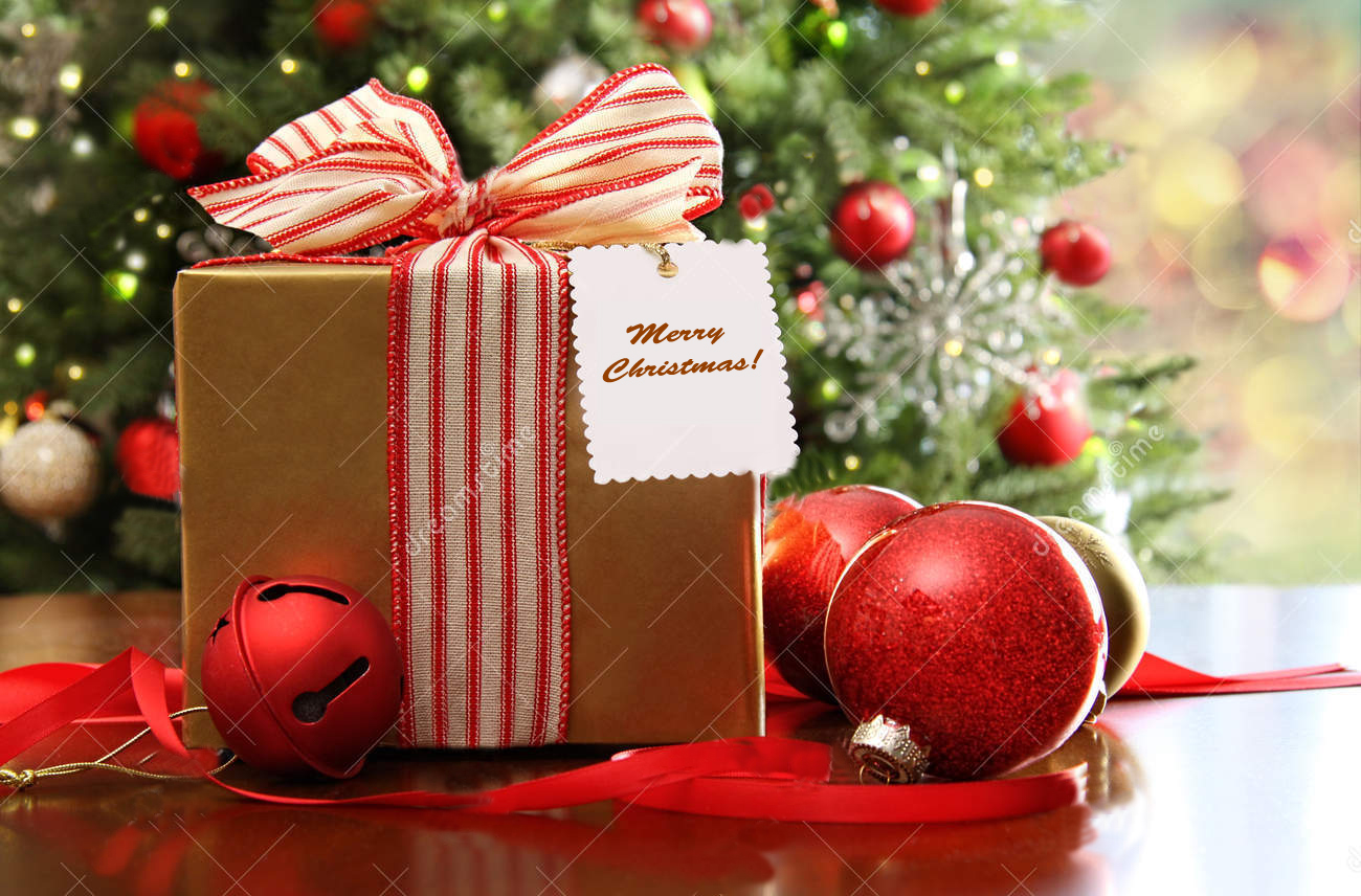 christmas-gift-sitting-table-21791418 copy