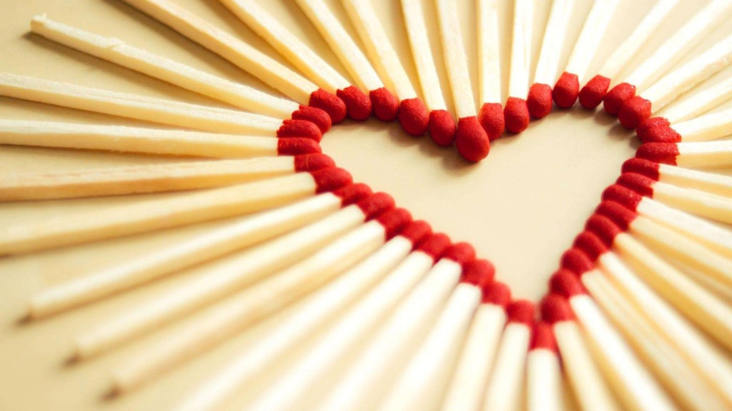Heart-Art-HD-Wallpaper